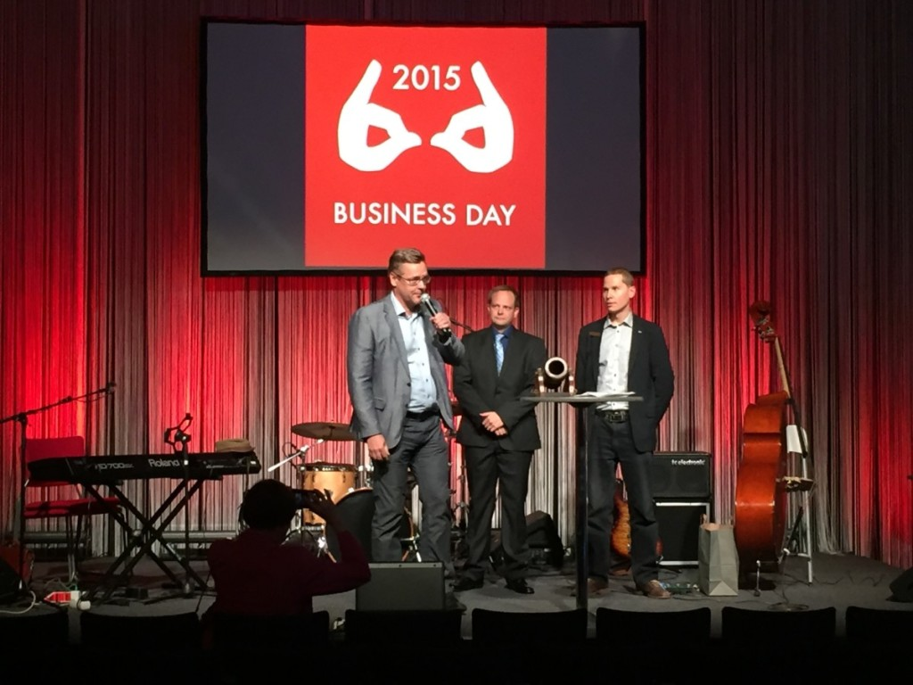 Vientitykki 2015 palkintojenjako suoritettiin Business Day -messuilla Lahden Messukeskuksessa 5. marraskuuta. Kuvassa Teknoware Oy:n toimitusjohtaja Kai Kauto, projektipäällikkö Riku Koskimäki ja aluejohtaja Jarkko Salovaara.